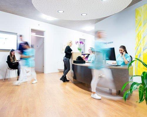 Zahnarztpraxis Bietingen Empfangsbereich