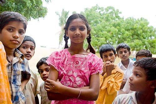 Mädchen und Jungen in Indien